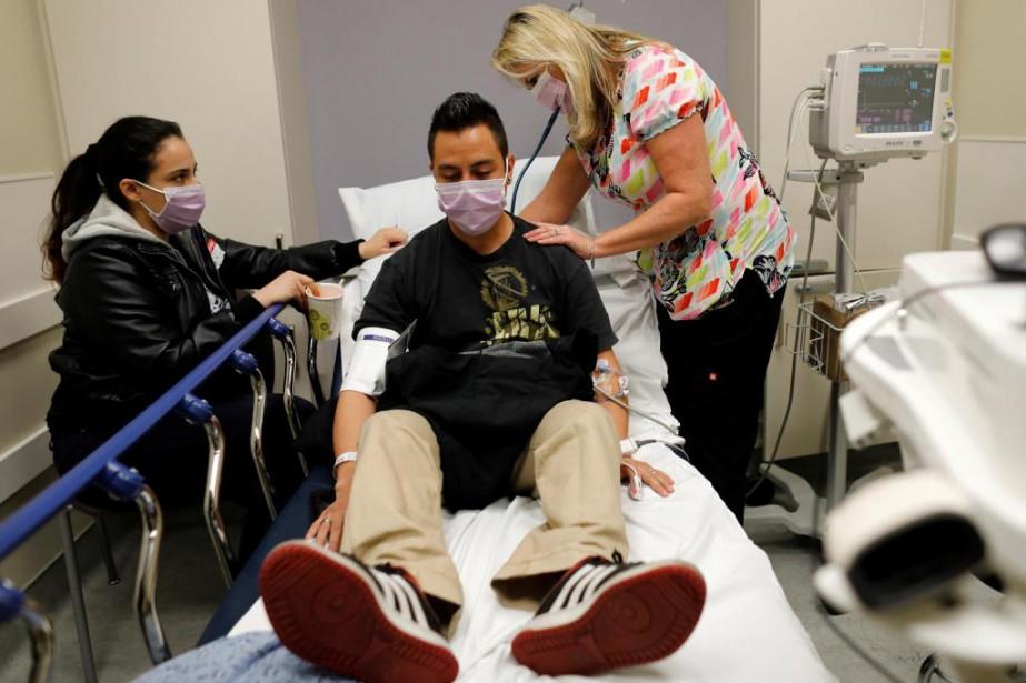 Dans le cadre d'une étude américaine, quatre patients... (PHOTO REUTERS)