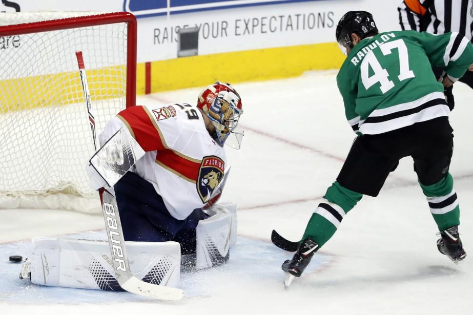 Alexander Radulov a amassé deux buts et une aide pour permettre aux... (PHOTO AP)