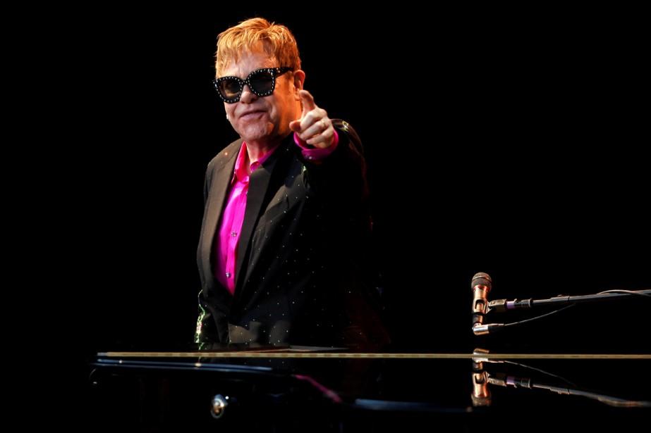 Elton John... (Photo archives Reuters)