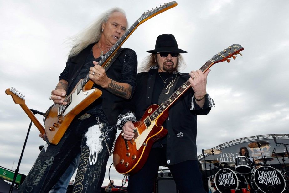Lynyrd Skynyrd lors d'un spectacle à Fort Worth... (PHOTO ARCHIVES AFP)