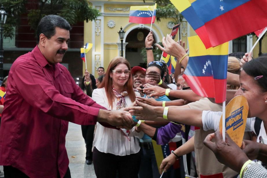 Cette décision intervient au moment où le pays... (PHOTO REUTERS/GOUVERNEMENT VÉNÉZUÉLIEN)