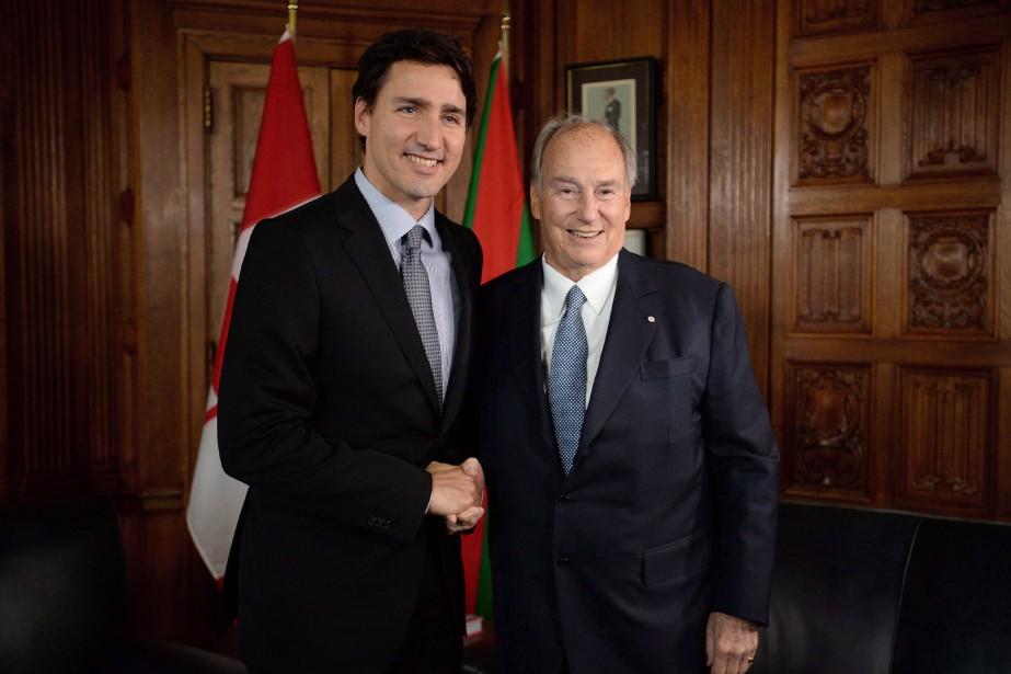 Justin Trudeau et l'Aga Khan... (PHOTO Sean Kilpatrick, ARCHIVES LA PRESSE CANADIENNE)