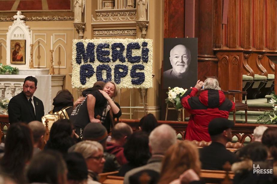 Le père Johns est décédé le 13janvier à... (PHOTO ROBERT SKINNER, LA PRESSE)