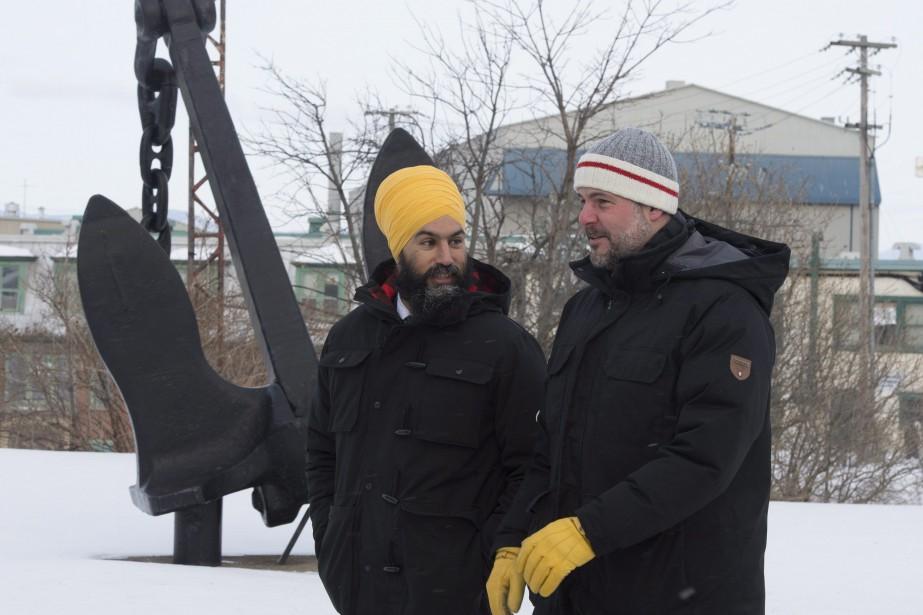 Le chef du NPD Jagmeet Singh et le... (Photo Jacques Boissinot, La Presse canadienne)