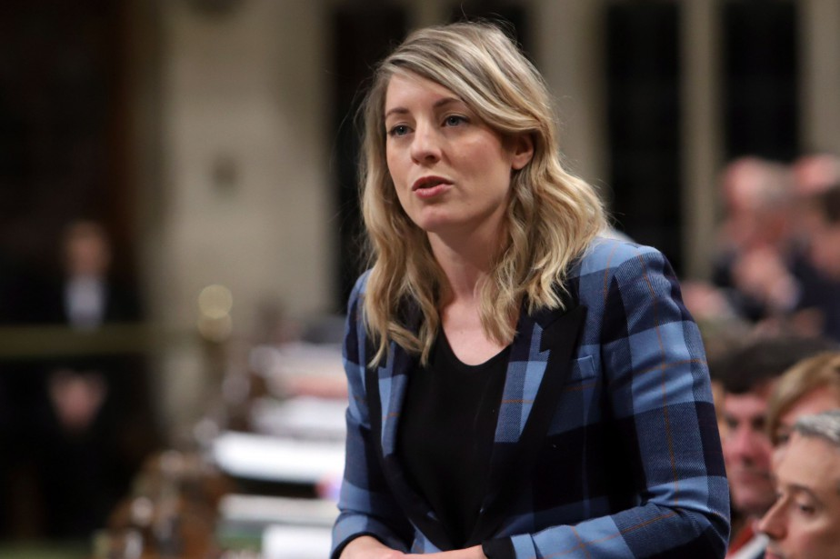 La ministre du Patrimoine canadien, Mélanie Joly... (PHOTO Fred Chartrand, archives LA PRESSE CANADIENNE)