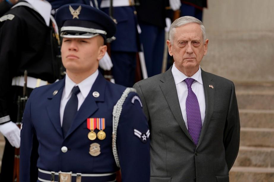 Le secrétaire américain à la Défense Jim Mattis... (PHOTO Yuri Gripas, REUTERS)