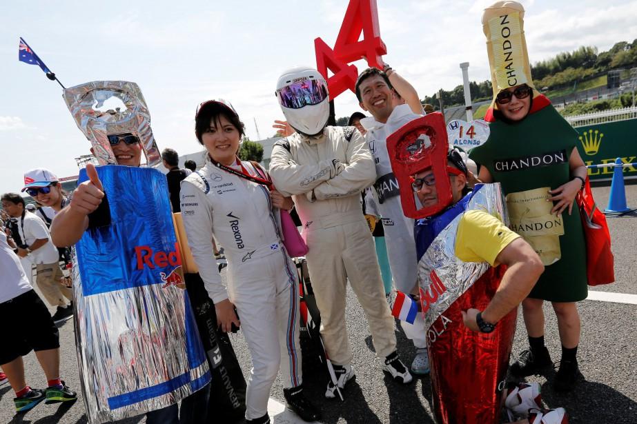 Avec des spectateurs comme ces fans japonais, qui... (photo : REUTERS)