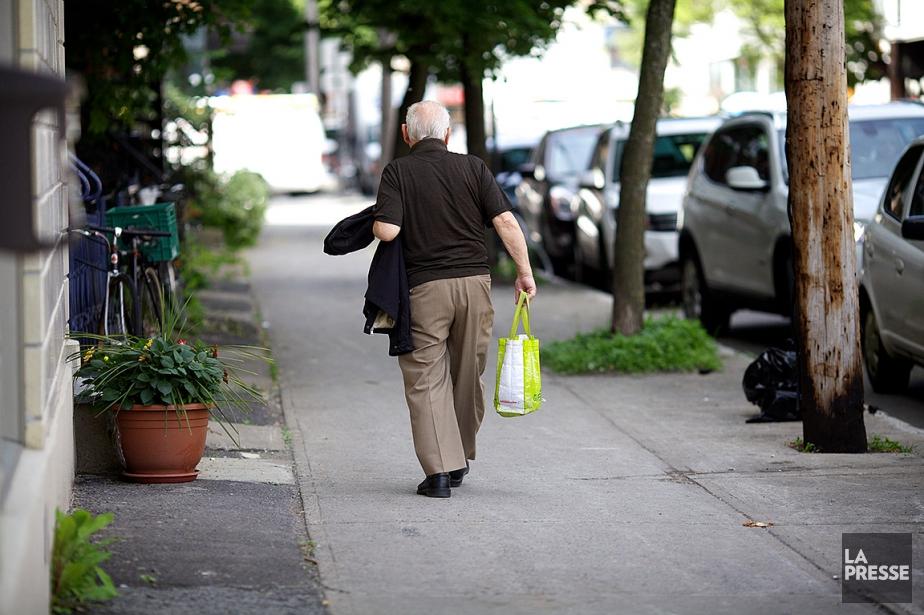 L'augmentation de laproportion des personnes vivant seules s'explique... (PHOTO SARAH MONGEAU-BIRKETT, ARCHIVES LA PRESSE)