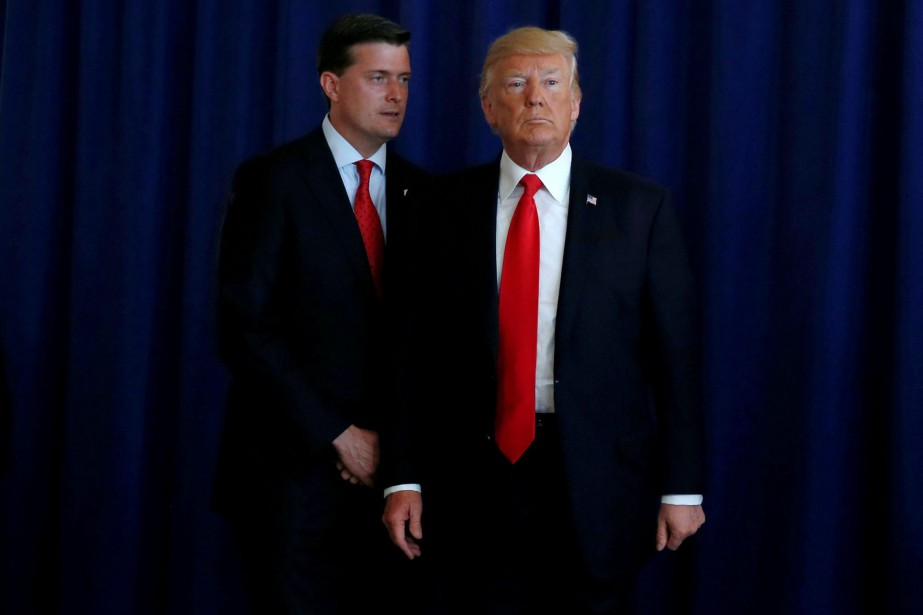 Rob Porter et Donald Trump.... (Photo Jonathan Ernst, archives REUTERS)