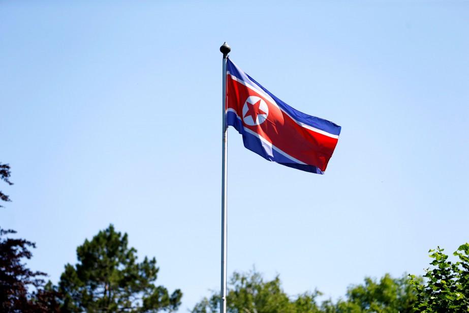 Le drapeau nord-coréen... (PHOTO ARCHIVES REUTERS)