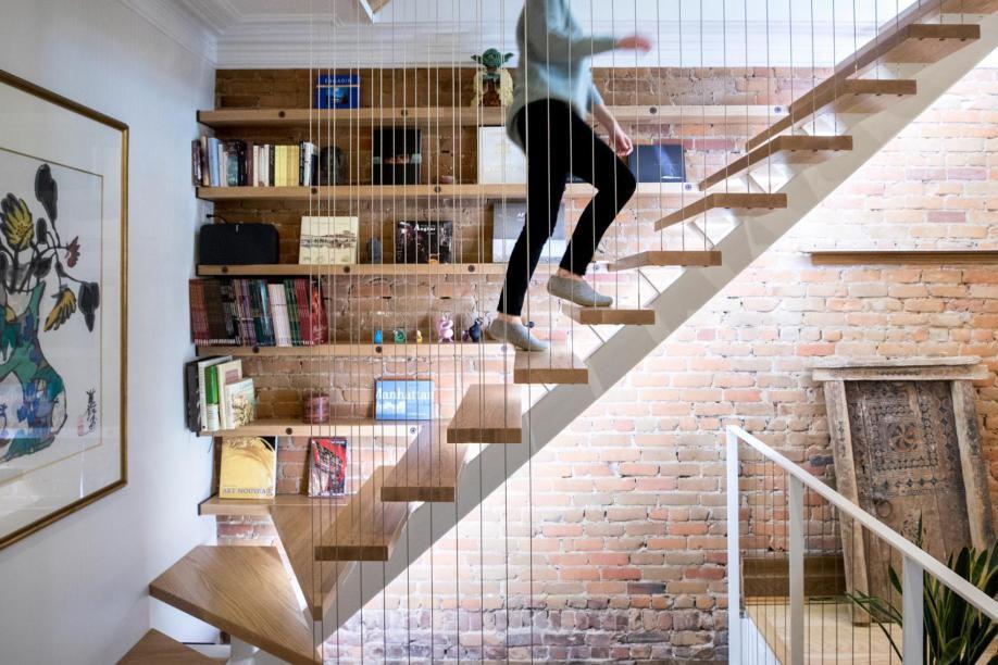Indispensable dans une maison, l'escalier prend de la... (Photo Marco Campanozzi, La Presse)