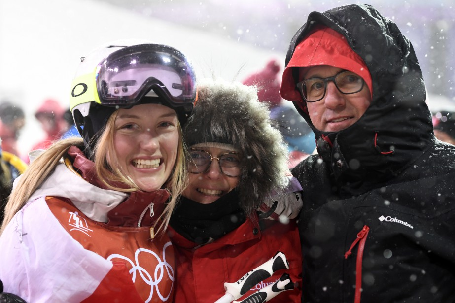 Justine Dufour Lapointe et ses parents Johane Dufour et Yves Lapointe. | 11 février 2018