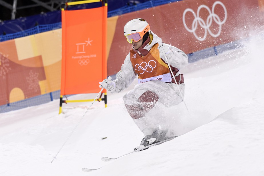 Mikaël Kingsburya procuré une troisième médaille d'or olympique consécutive au Canada en bosses, puisque Alexandre Bilodeau avait triomphé aux Jeux de Vancouver et de Sotchi. (Photo Bernard Brault, La Presse)