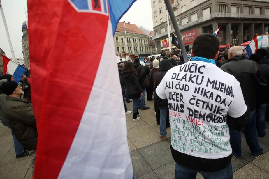 Le président serbe a été accueilli par quelque...
