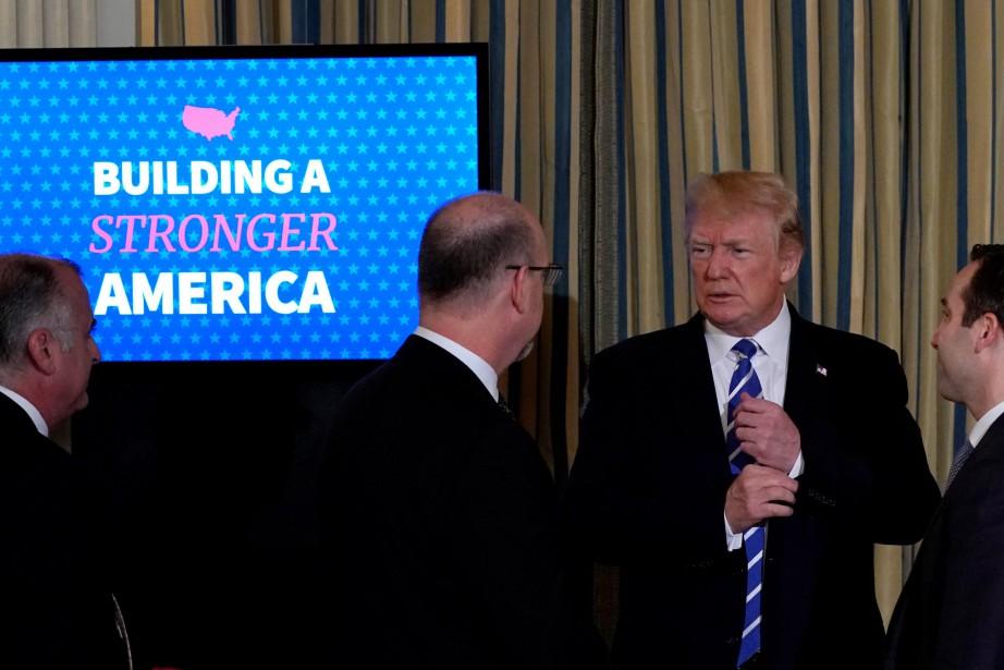 Donald Trump a fait ces remarques lundi, à... (PHOTO REUTERS)