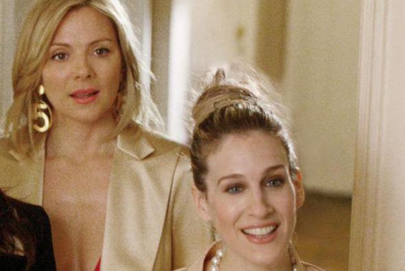 Kim Cattrall et Sarah Jessica Parker dans Sex... (Photo Craig Blankenhorn, fournie par HBO, archives La Presse canadienne)