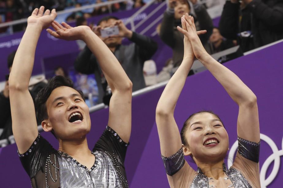 Ryom Ta Eok et Kim Ju Sik... (Photo Bernat Armangue, Associated Press)