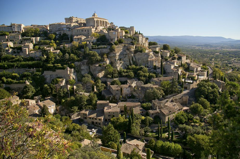 Perché à plus de 300 m d'altitude, Gordes fait... (Photo David Boily, La Presse)