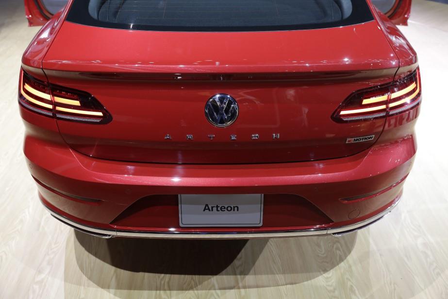 L'Arteon lors de son dévoilement nord-américain au Salon de l'auto de Chicago. | 14 février 2018