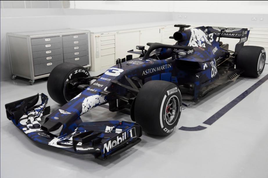 L'écurie Red Bull a dévoilé quelques images de la RB14,... | 2018-02-19 00:00:00.000