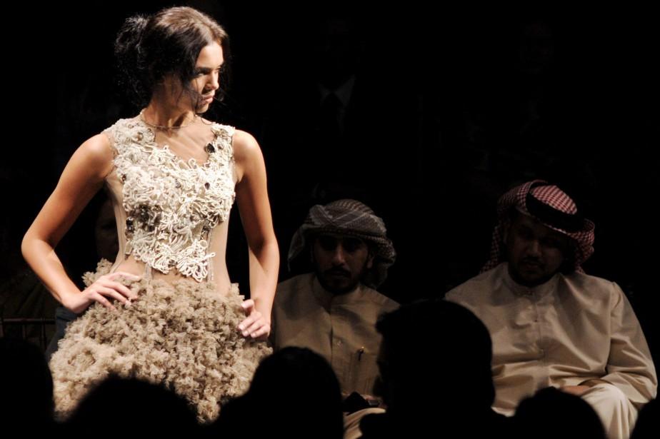 L'Arab Fashion Week, qui se tient tous les... (ARCHIVES REUTERS)