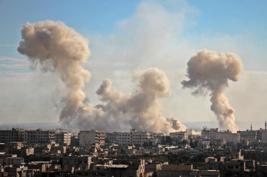 Ces frappes meurtrières, qui se poursuivent pour la... (PHOTO AFP)