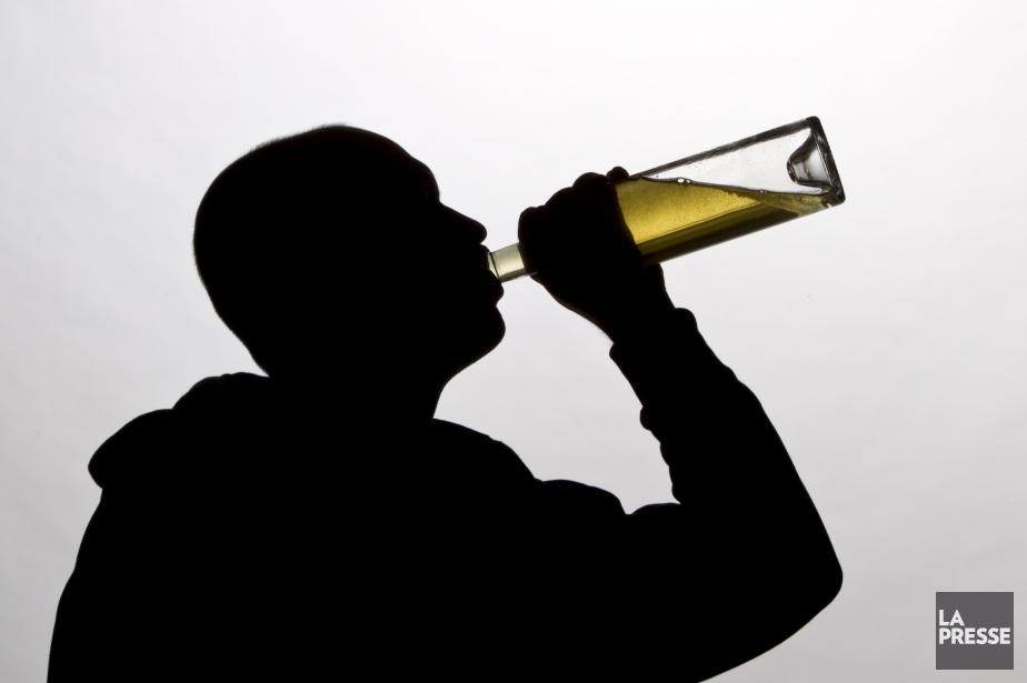 Selon l'étude, une consommation importante d'alcool est associée... (Photo Photo Alain Roberge, archives La Presse)