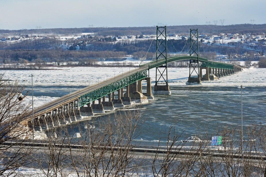 Pont de l'Île d'Orléans - Un des enjeux principaux de... | 2018-02-21 00:00:00.000