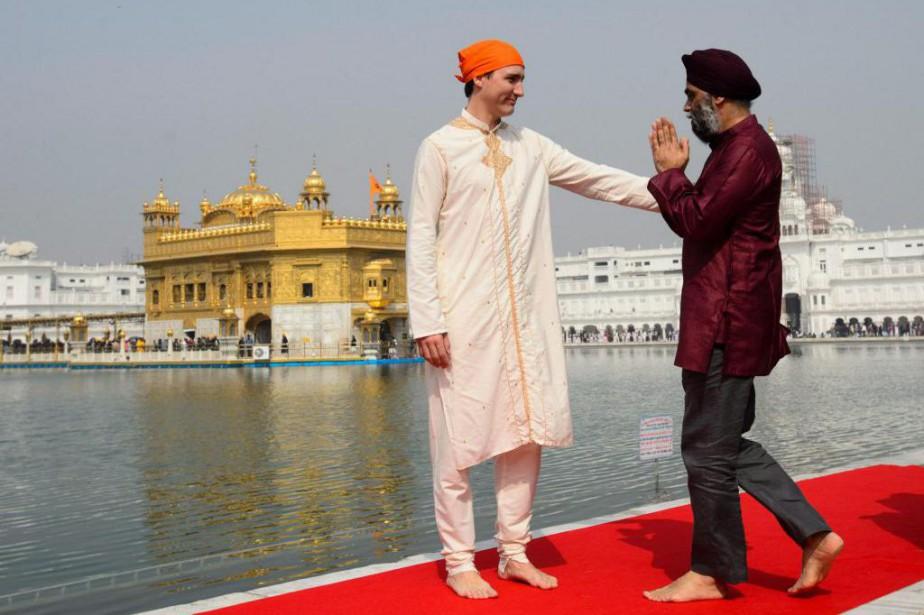 «Les vêtements revêtus par Justin Trudeau (ici en... (PHOTO SEAN KILPATRICK, LA PRESSE CANADIENNE)