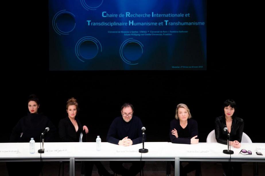 Stéphanie Cardi,Marie-Laurence Moreau,Philippe Cousineau,Dominique Quesnel et Lise Roy... (Photo Olivier PontBriand, La Presse)