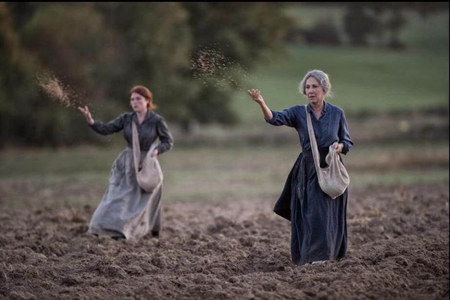 Iris Bry et Nathalie Baye dans Les gardiennes... (Image fournie par MK2/Mile End)