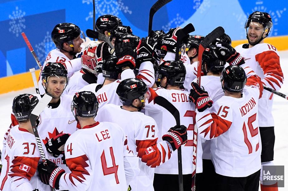 Les Canadiens ont défait les Tchèques6-4 dans le... (PHOTO BERNARD BRAULT, LA PRESSE)