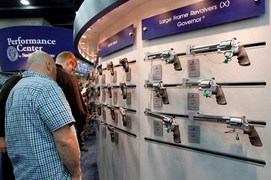 Les actions des fabricants d'armes ont diminué depuis... (Photo archives REUTERS)