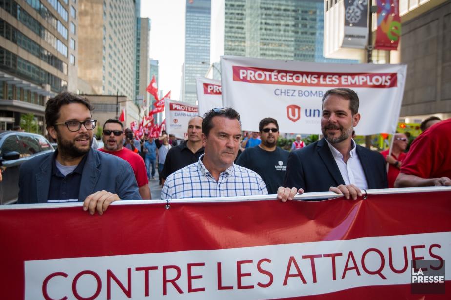 Gabriel Ste-Marie (à gauche) marche aux côtés d'Alain... (PHOTO SIMON GIROUX, ARCHIVES LA PRESSE)