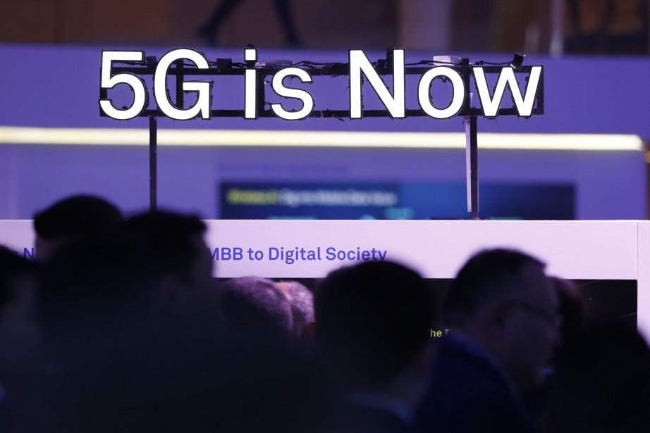 Aux États-Unis, AT&T et Verizon prévoient d'utiliser la... (REUTERS)