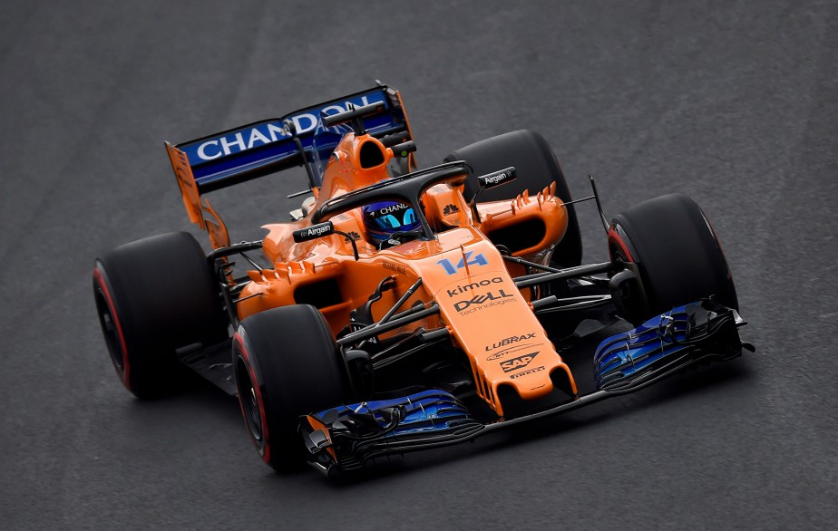 L'Espagnol Fernando Alonso, dont la McLaren est mue par un moteur Renault cette année, a inscrit le 5e meilleur temps de la journée d'essais. | 26 février 2018