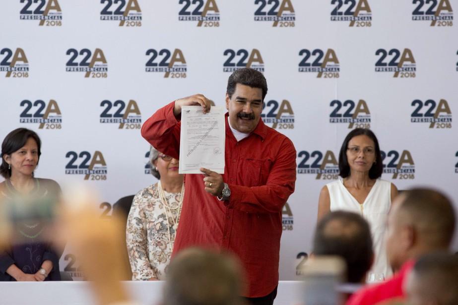 Nicolas Maduro a validé mardisa candidature au Conseil... (PHOTO AP)