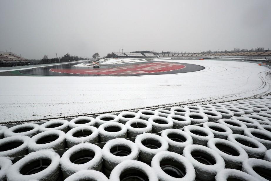 La neige a maintenant cessé et la troisième journée d'essais... | 2018-02-28 00:00:00.000