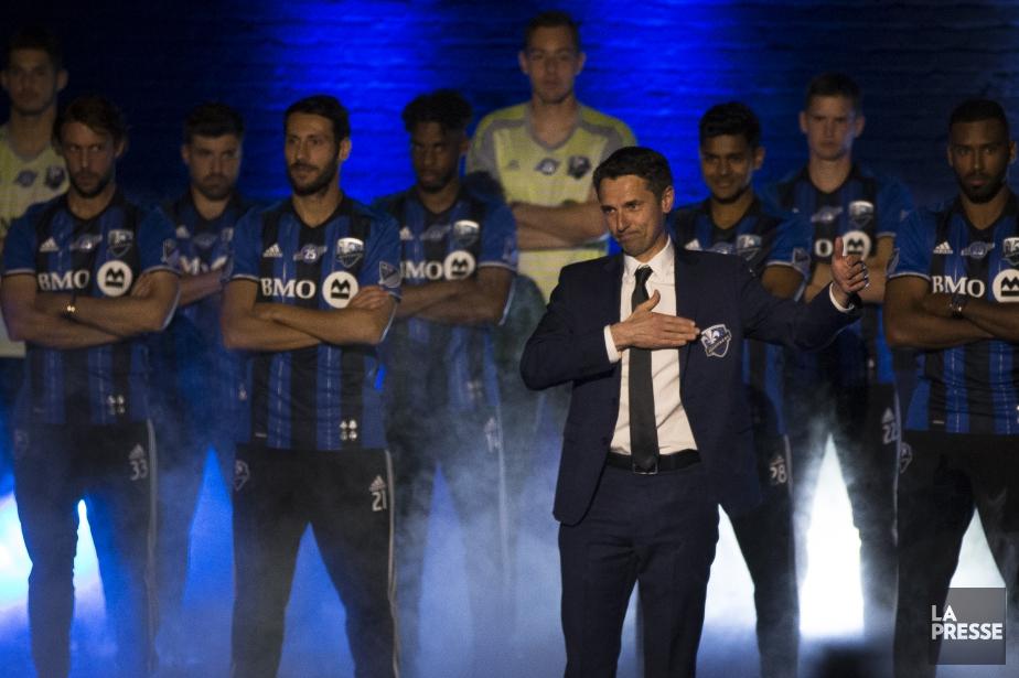 L'entraîneur-chef de l'Impact Rémi Garde et ses joueurs.... (Photo Olivier PontBriand, La Presse)