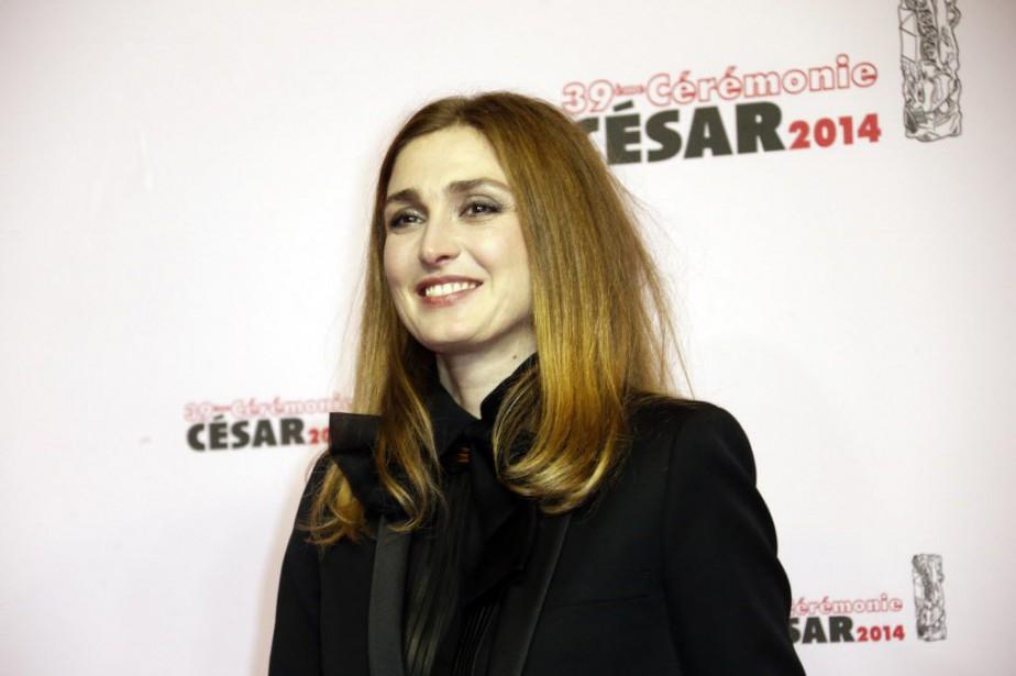 Plus de 100 personnalités, dont les actrices Agnès... (PHOTO ARCHIVES AFP)