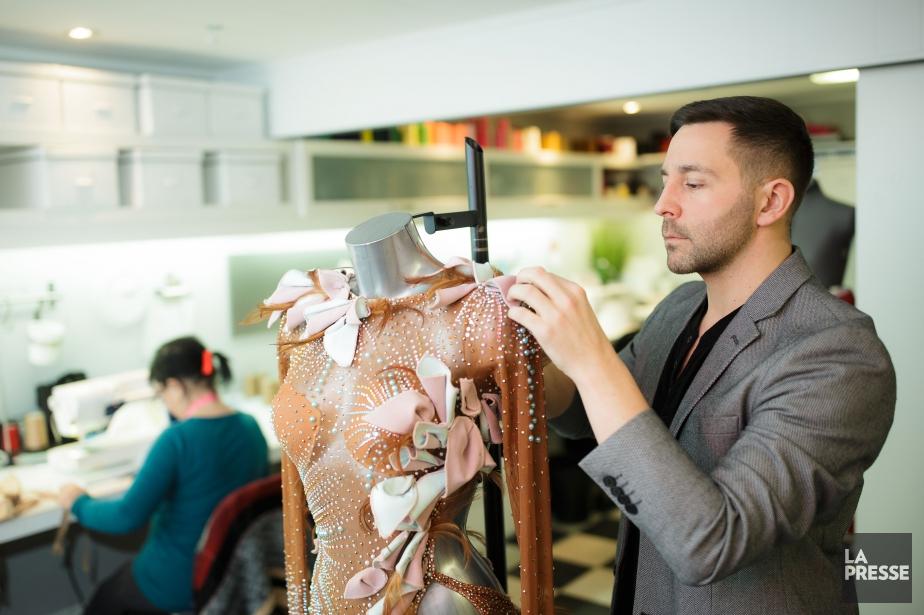 Le couturier Mathieu Caron signe les costumes de... (PHOTO EDOUARD PLANTE-FRÉCHETTE, LA PRESSE)