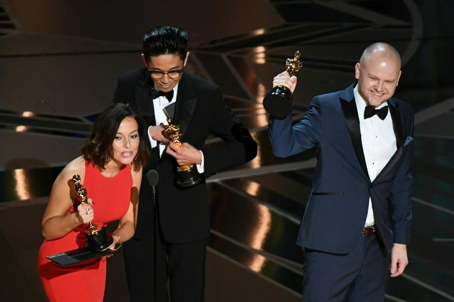 Lucy Sibbick, Kazuhiro Tsuji et David Malinowski ont remporté l'Oscar du meilleur maquillage pour leur travail dans <em>Darkest Hour</em>. (AFP)