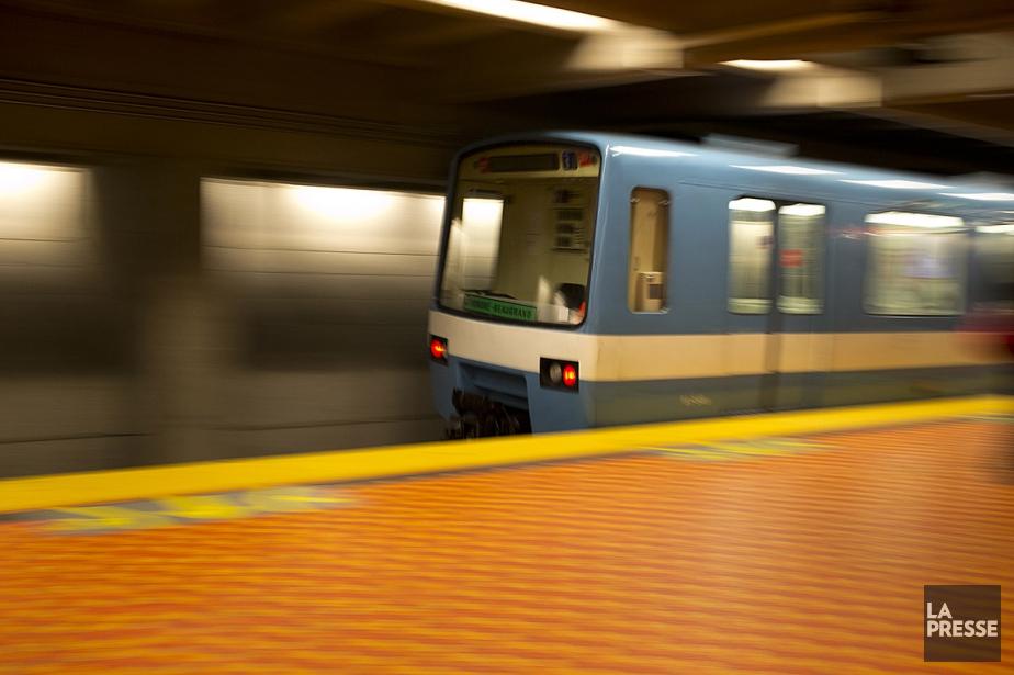 Un métro à la station Lionel-Groulx.... (François Roy, archives La Presse)