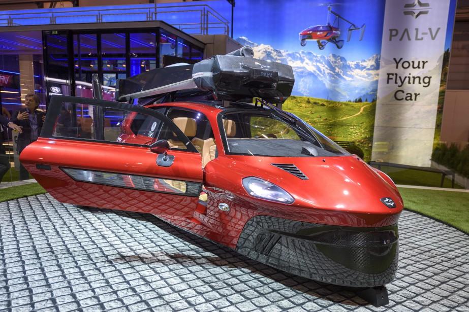 La voiture volante PAL-V Liberty a une autonome de 1900... | 2018-03-07 00:00:00.000