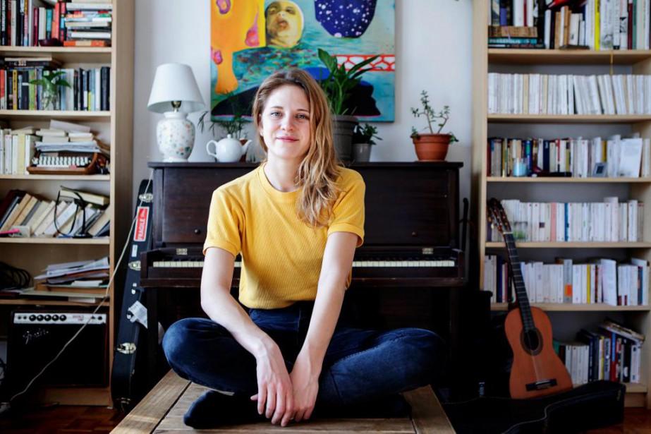 Helena Delandest à l'image de sa voix: elle... (Photo Alain Roberge, La Presse)