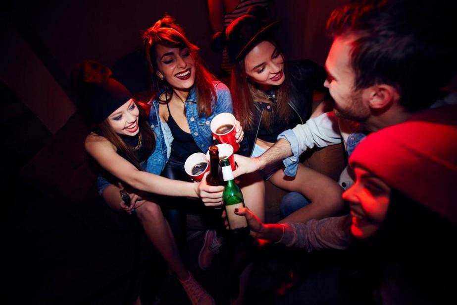 «Parmi ceux qui boivent, les jeunes qui ont... (Photo Thinkstock)