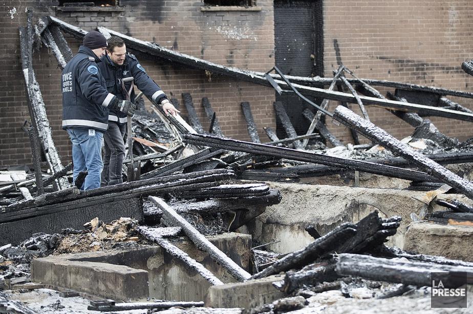 L'enquête a été transmise à l'escouade des incendies... (Patrick Sanfaçon, La Presse)