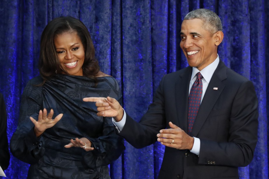 Michelle Obama et l'ancien président américain, Barack Obama... (PHOTO Jim Bourg, ARCHIVES REUTERS)