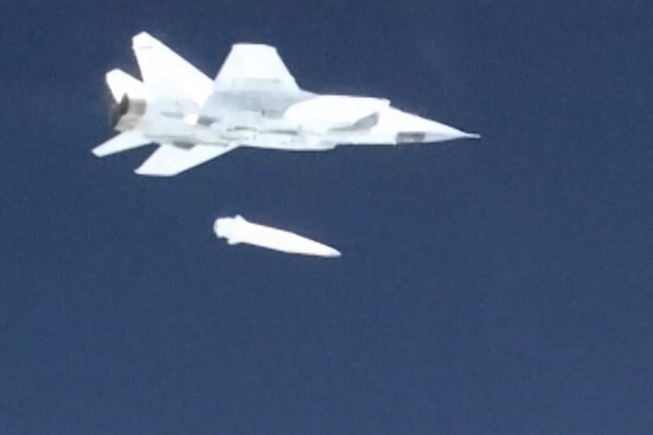 Le 1 mars, une vidéo présentait un avion... (Photo archives Associated Press)