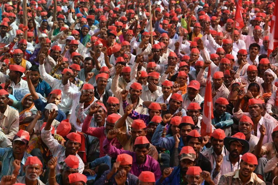 Les fermiers demandent au gouvernement de garantir qu'ils... (Photo Indranil Mukherjee, Agence France-Presse)